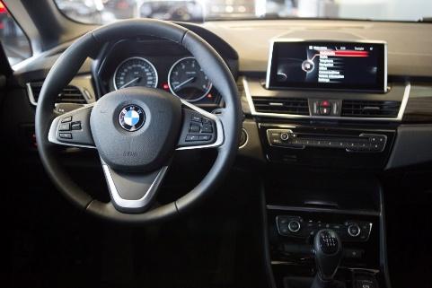 BMW 2 Series Active Tourer Lietuvoje (10)