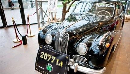 BMW501A