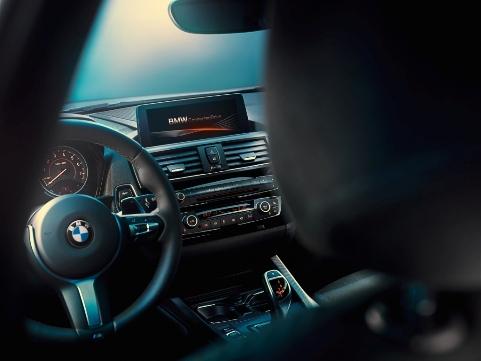 Naujasis BMW 1 (8)