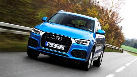 Standaufnahme    Farbe: Hainanblau    Verbrauchsangaben Audi Q3:Kraftstoffverbrauch kombiniert in l/100 km: 8,6 - 4,4;CO2-Emission kombiniert in g/km: 203 - 114