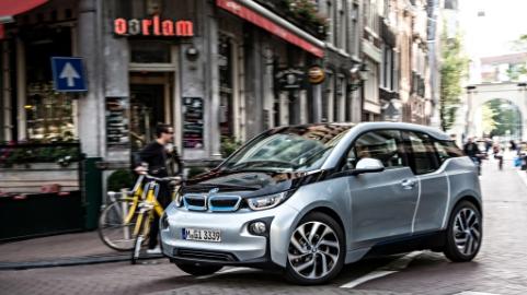 BMW i3 (1) (1)