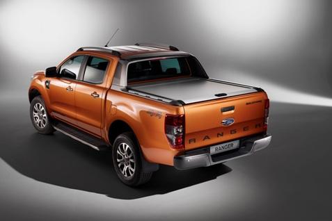 Ford2015_IAA_RangerWildtrak_RearClosed_01