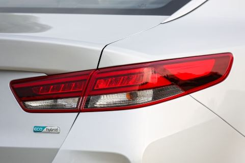 Kia Optima hybrid2