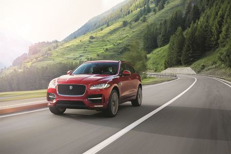 Jag_FPACE_RSport_Location_Image_140915_04_LowRes