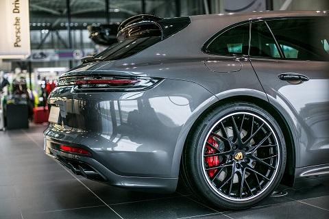 Porsche-009