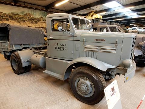 W Series – pirmasis kompanijos modelis, sudominęs JAV kariškius.