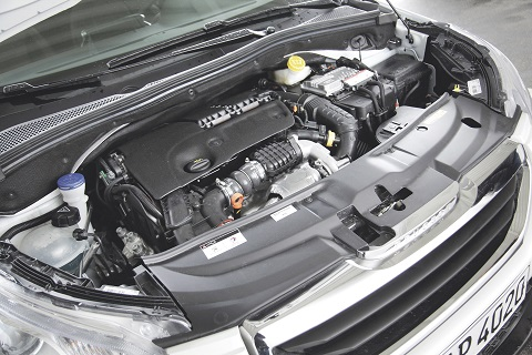 DT Peugeot 2008 1.6 Blue HDI 100 | Dauertest