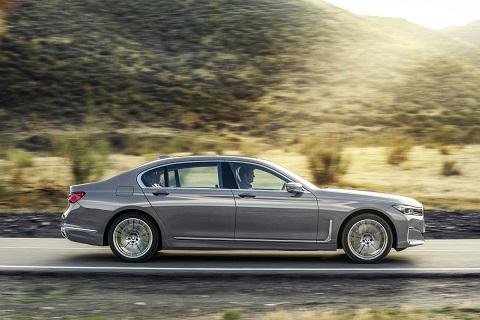BMW7 8