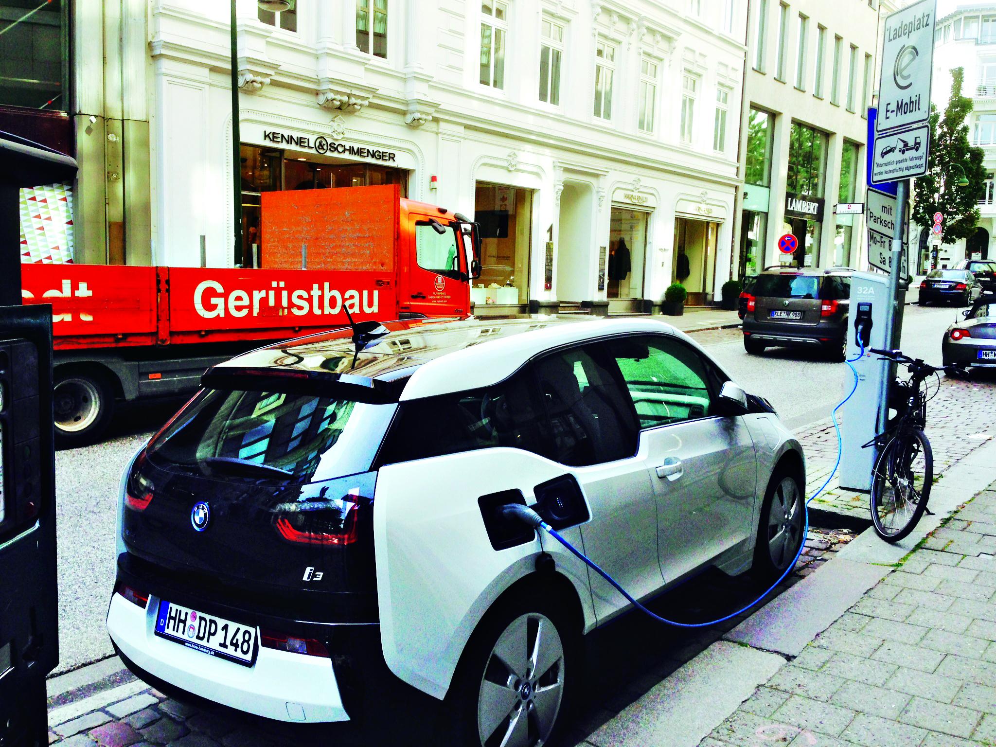 Ilgalaikis testas – elektromobilis BMW i3