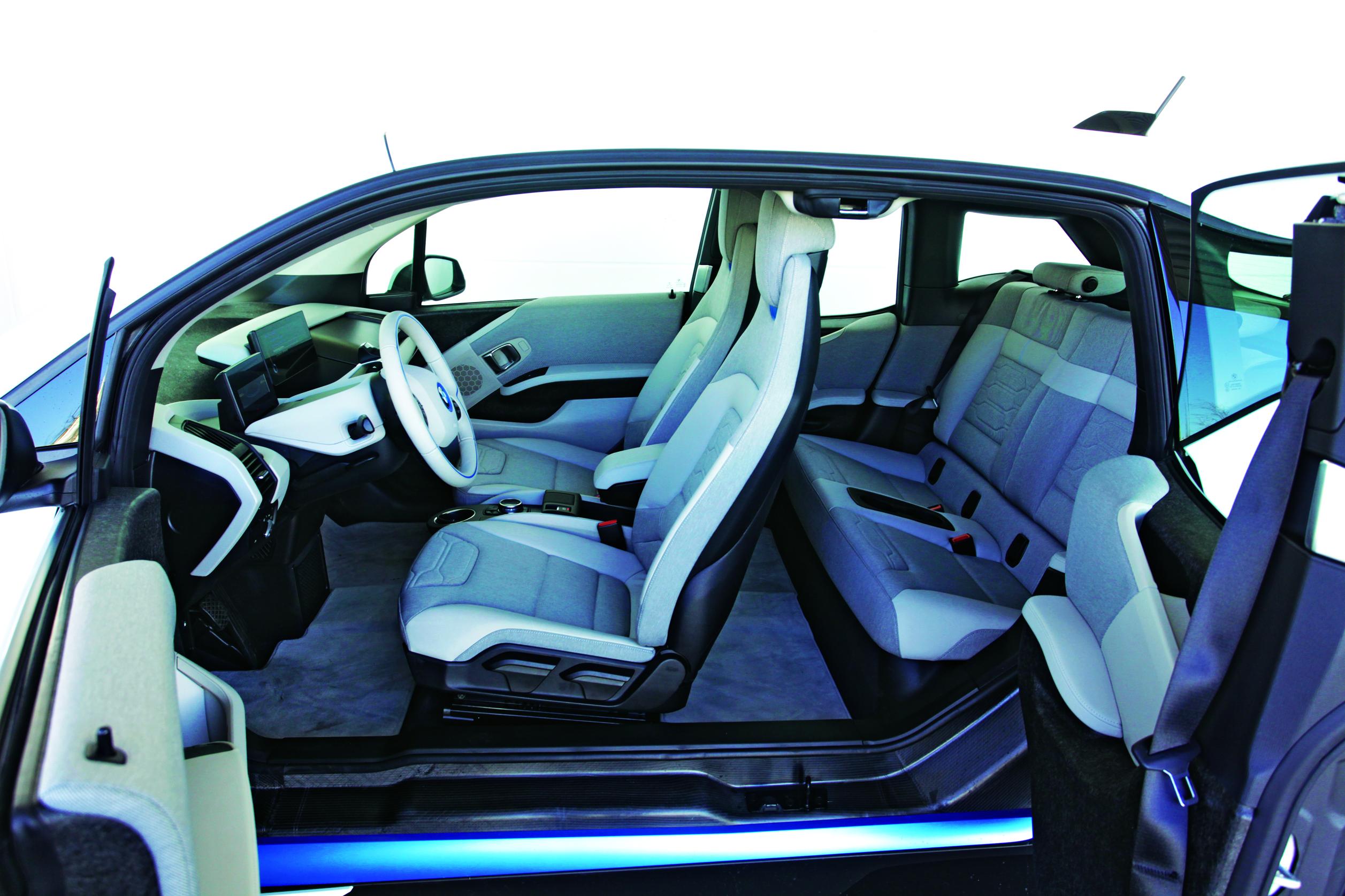 elektromobilio BMW i3 vidaus dizainas