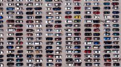 parkingo aikštelė iš viršaus